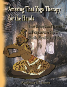 Thai Reishi Hand Yoga